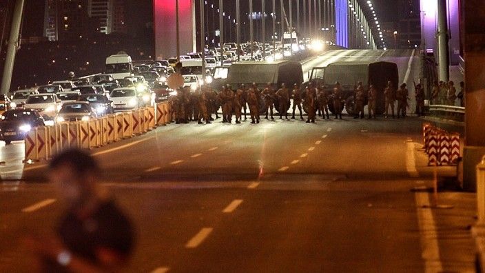 Military Occupy Strategic Locations In Turkey :