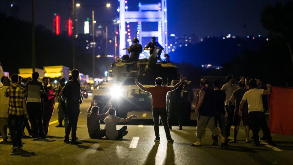 Militärputsch in der Türkei Deutsch-türkische Beziehungen