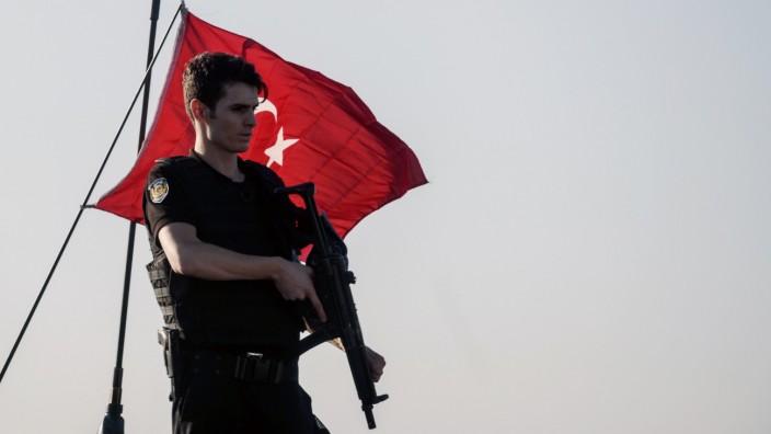 Türkischer Polizist