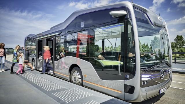 Mercedes Future Bus in Amsterdam