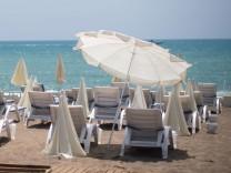 Urlaub in der Türkei: Lara Beach in Antalya
