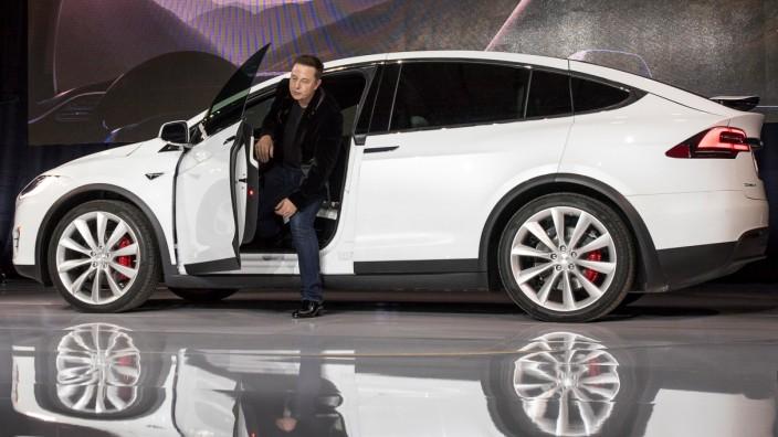 Tesla Motors Inc. Model X SUV Reveal