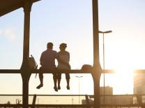 Online-Dating ist eine schlechte Grundlage für eine Beziehung Essay