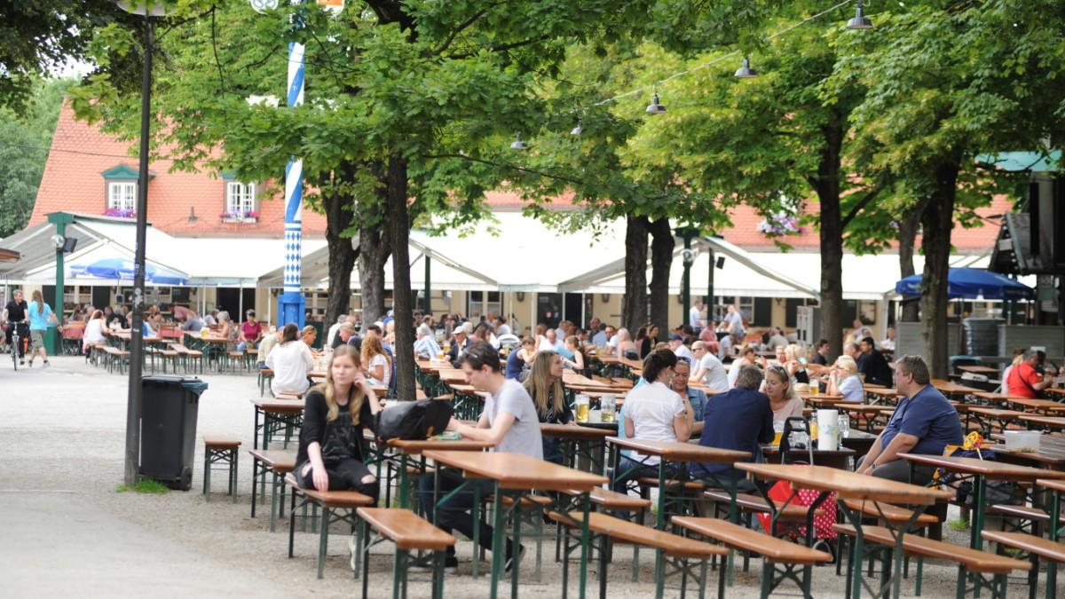 13 Biergarten-Klassiker, die echte Münchner kennen sollten