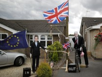 Brexit Scarecrows depicting former British Prime Minister David Cameron and Foreign Secretary Boris Johnson are displayed during the Scarecrow Festival in Heather