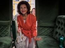 Königin Silvia von Schweden im Erlebnispark Schloss Thurn