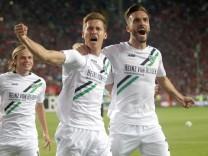 1. FC Kaiserslautern v Hannover 96 - Second Bundesliga