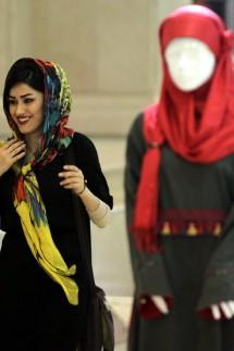 Frauen sollen kleider tragen