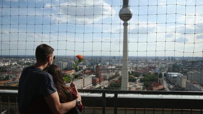 Impressions Of Alexanderplatz