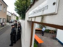 Flüchtlinge in Pfarrheim von Regensburg - Räumung
