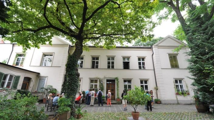 Maxvorstadt Im Hinterhof Die Heyse Villa Munchen Sz De
