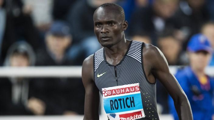 160616 Ferguson Cheruiyot Rotich Kenya inför 800 meter under Stockholm Bauhaus Athletics den 16 ju