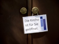Gröbenzell: Offene Kirche / evangelische Zachäus-Kirche
