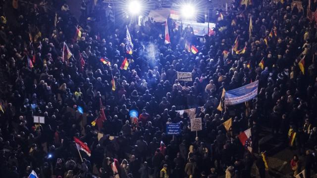 Alternative für Deutschland Essay über die Alternative für Deutschland