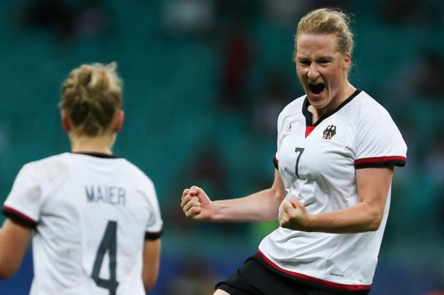 Football - Women's Tournament Quarterfinal - China v Germany