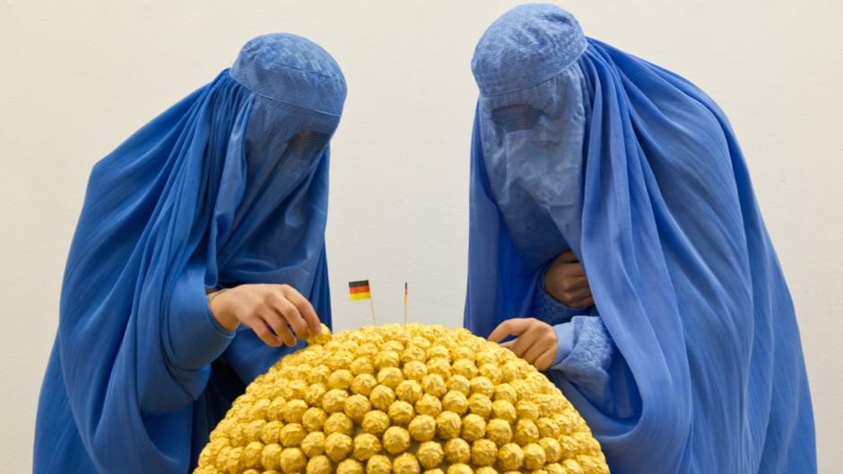 Burka-Ausstellung in Wiesbaden