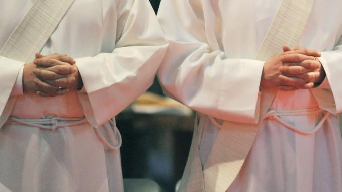 Die elf Priester fordern auch ein gemeinsames Abendmahl von Protestanten und Katholiken. (Foto: picture alliance / dpa)