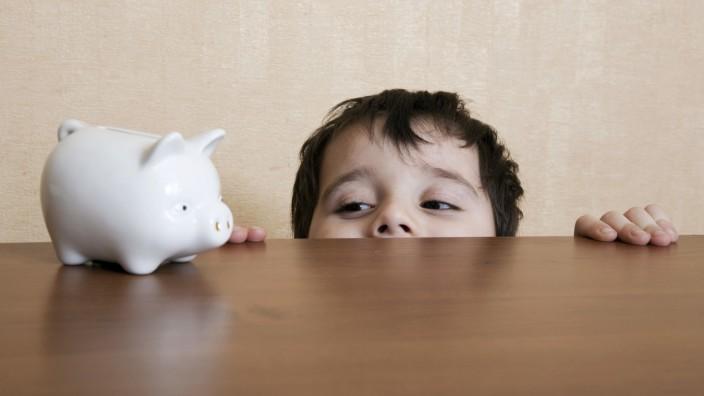 Bloß kein Sparschwein · So sparen Großeltern richtig für Enkel