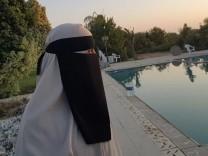 Amina Hassan Niqab