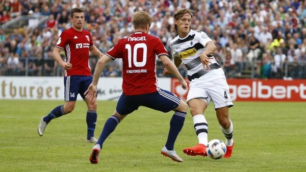SV Drochtersen/Assel v Borussia Moenchengladbach - DFB Cup