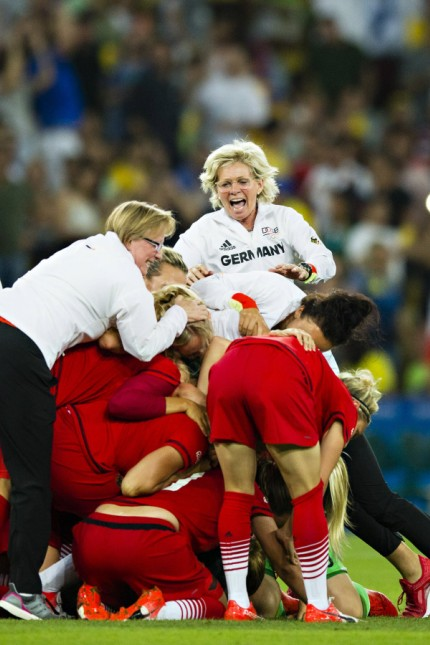 Rio 2016 Fußball Damen Deutschland ist Olympiasieger Rio de Janeiro 19 08 2016 Olympia Jubeltra