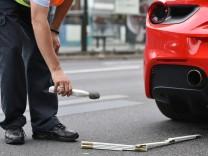 Polizei kontrolliert 'Autoposer'