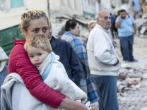 6.2 magnitude earthquake hits central Italy - at least 21 dead