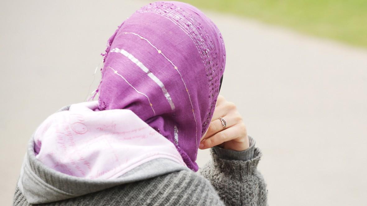 Bewerberinnen Mit Kopftuch Bei Jobsuche Diskriminiert Karriere