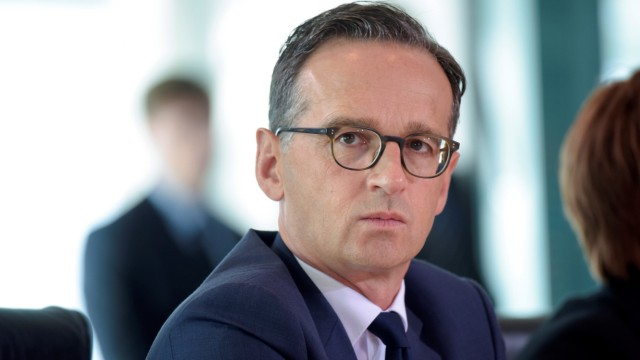 German Justice Minister Heiko Maas arrives for a cabinet meeting at the Chancellery in Berlin