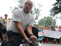 Picket of miners employed by Kingcoal Group in Rostov Region
