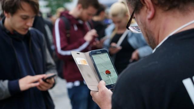 """""""Pokemon Go"""" Spieler in München, 2016"""