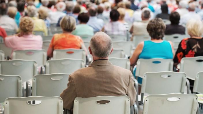 Arbeitsmarktexperte: Ältere und lebenslanges Lernen gefragt