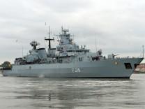 """Fregatte ´Mecklenburg-Vorpommern"""" läuft zu Mittelmeer-Einsatz aus"""