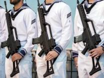 Marinesoldaten mit Gewehr G36