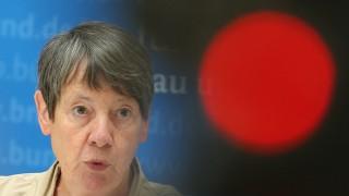 Umweltministerin Barbara Hendricks (SPD) zu Massentierhaltung