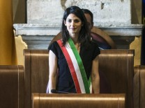 Rome Mayor Raggi presides first Rome council meeting
