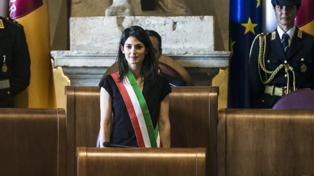 Rome Mayor Raggi presides first Rome council meeting
