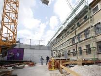 Umbau der JVA Eichstaett in ein Asylantenabschiebegefaegnis