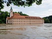 Hochwasser in Bayern - Kloster Weltenburg