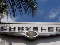 Chrysler Gets Approval To Close Dealerships, And Fiat Deal Goes Through