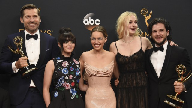 Nikolaj Coster-Waldau, Maisie Williams, Emilia Clarke, Sophie Turner, Kit Harington
