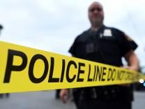 Five Pipe Bombs Found Near Elizabeth, NJ
