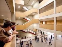 1. Schultag WHG (Werner Heisenberg-Gymnasium) Garching nach Containerzeit