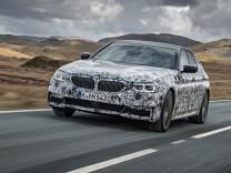 Der neue BMW 5er als Erlkönig.