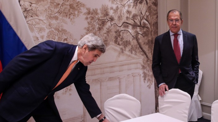 Russian Foreign Minister Lavrov and US State Secretary Kerry meet