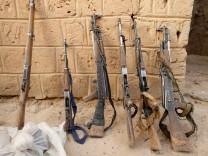 Konfiszierte Waffen islamistischer Rebellen in Mali