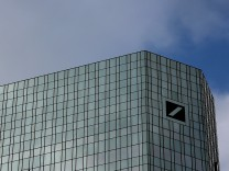 Deutsche Bank Shares Plummet