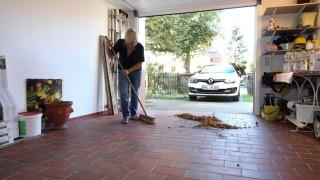 Dreck und Regen: Tipps zum Garagenputz im Herbst