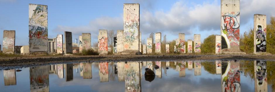 Grenze und Mauer sind schon lange abgebaut. Aber manche Dinge trennen die Menschen in Ost- und Westdeutschland noch immer. (Foto: dpa)