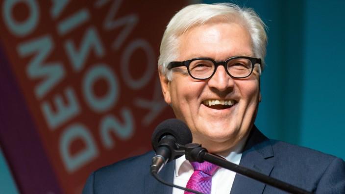 Toleranz-Preis an Steinmeier